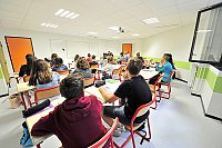page-12---classe_eleves_college_moulin_marmande.jpg