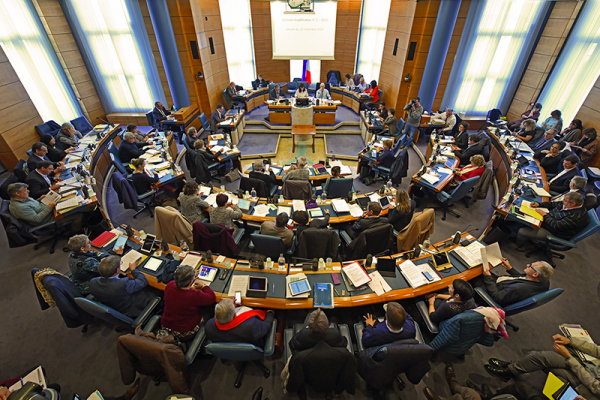 article-hemicycle.png